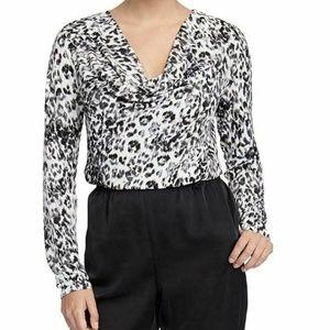 RACHEL Rachel Roy Medium Axel Leopard Pullover3U64